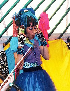 Myriam Pellicane dans Poly'Embrouilles