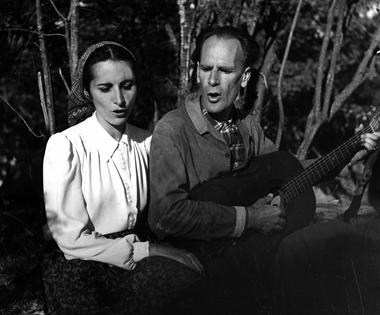 Chanterelle et Lanza Del Vasto - 1945